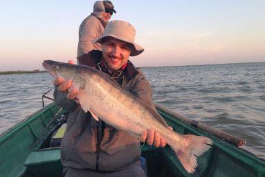рыбалка в астрахани на базе маяк